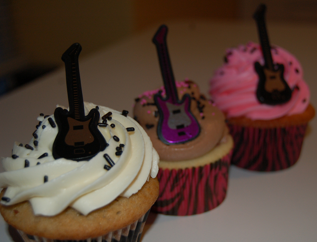cupcake-guitar-flickr