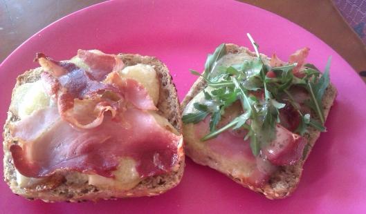 tostas-queso-jamon-patata